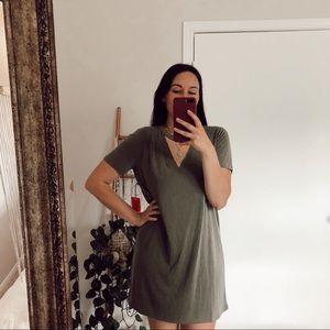 Forever 21 Cutout T-Shirt Dress Cupro Green Large